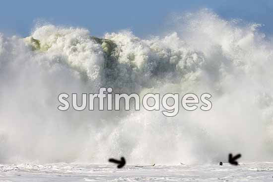 peter-mel-mavericks-surf-images